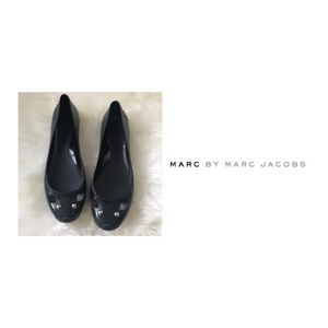 Marc by Marc Jacobs black jelly mouse flats